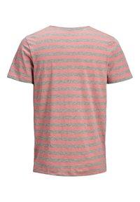 Jack & Jones - Print T-shirt - rosette - 7