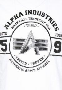 Alpha Industries - AUTHENTIC VINYL  - Print T-shirt - white - 2