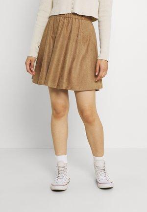 VISUDA SKATER SKIRT - Mini skirt - tigers eye