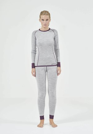 CAMEA - Base layer - potent purple