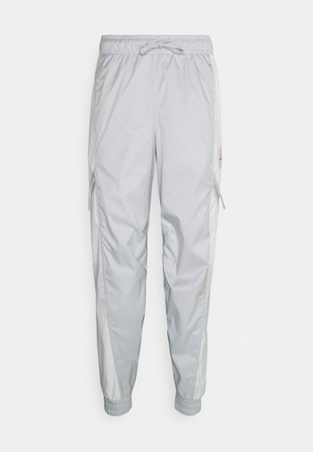 PANT - Träningsbyxor - grey fog/summit white/infrared