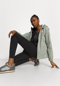 The North Face - QUEST JACKET - Hardshell jacket - grey - 3
