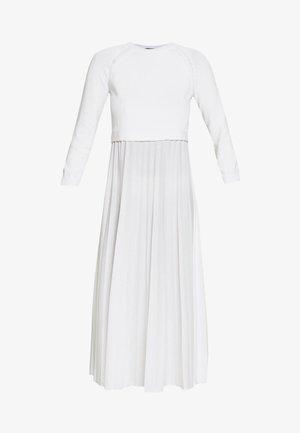 BARABBA - Sukienka z dżerseju - off white