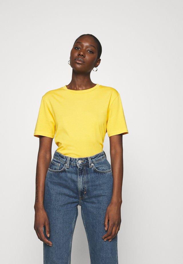 SLFMY PERFECT TEE BOX CUT - T-shirt basic - citrus