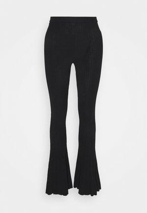 NOE - Trousers - noir