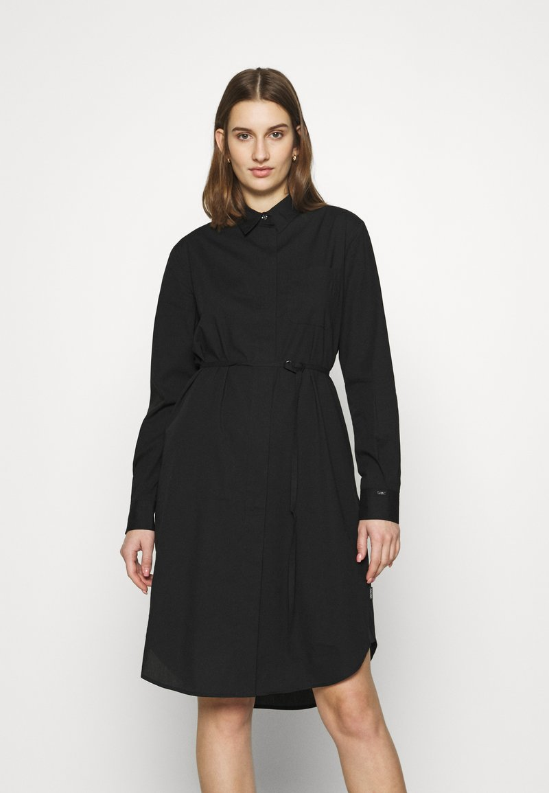 Calvin Klein - TIE CUFF SHIRT DRESS - Denní šaty - black