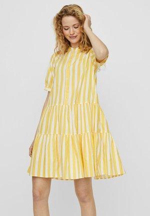 STEHKRAGEN - Robe chemise - banana cream