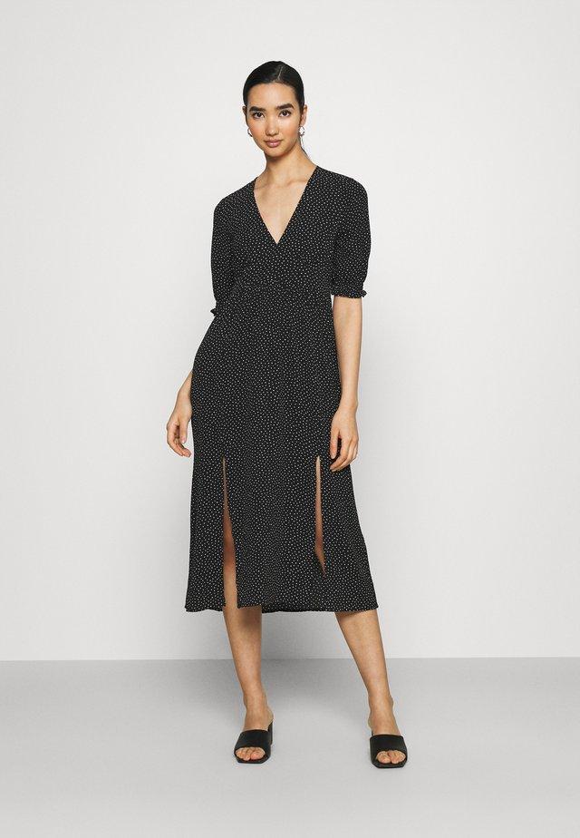 REESE DRESS - Sukienka letnia - black/off white