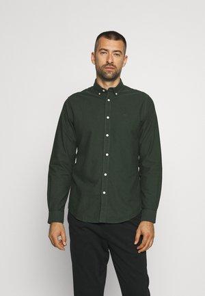 ICON OXFORD SOLID - Camisa - dark green