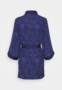 Etam - LILOUE DESHABILLE - Dressing gown - bleu vif - 1