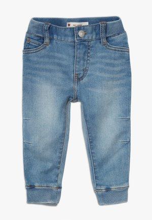 6E7772 - Jeans fuselé - river run