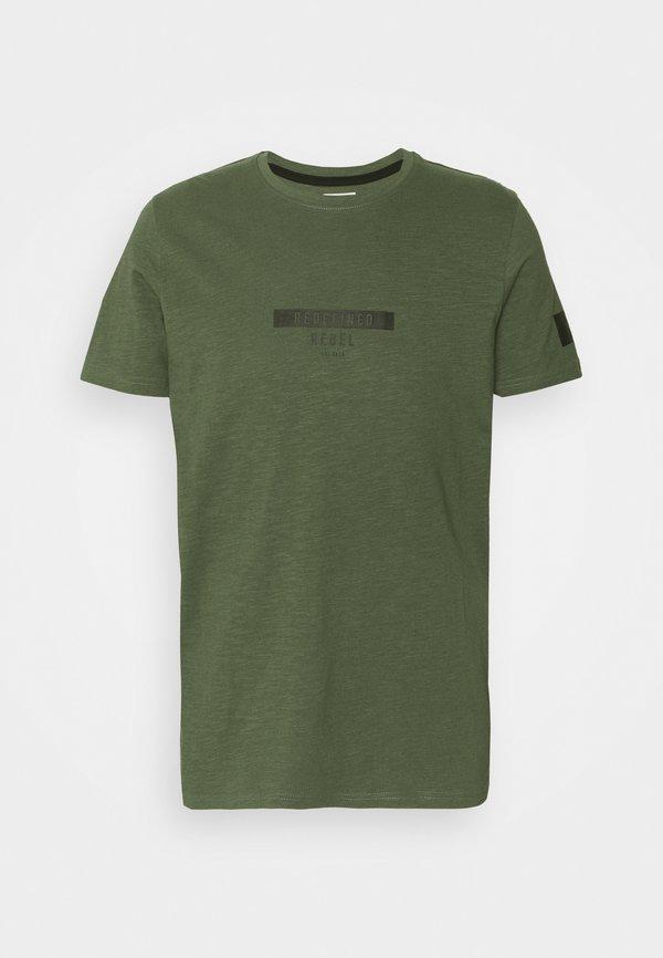 Redefined Rebel TEE OPTION - T-shirt z nadrukiem - thyme/zielony Odzież Męska BAKC