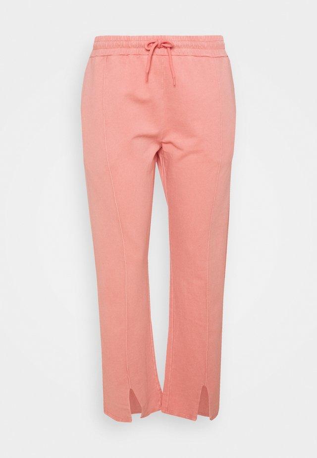 CUFFED JOGGERS - Pantalon de survêtement - pink