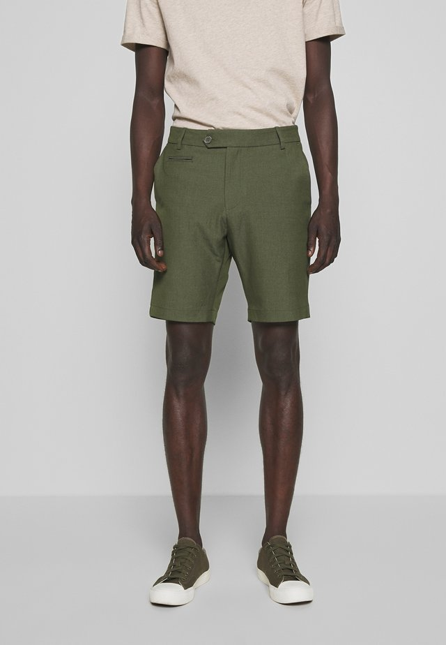 COMO LIGHT - Shorts - dark green