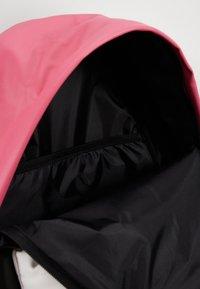 Jordan - AJ PACK - Reppu - pink blast - 2