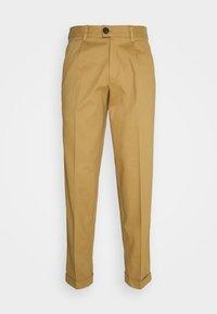 Jack & Jones PREMIUM - JJIBILL JJBRAD CROPPED - Trousers - beige - 0