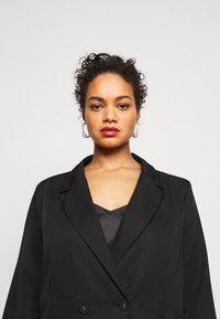 Missguided Plus - DOUBLE BREASTED - Blazer - black - 3