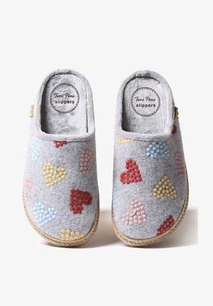 MIRI-HF - Slippers - gris