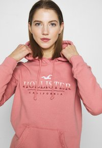 Hollister Co. - SECONDARY TECH CORE  - Hoodie - pink - 4