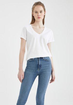 2 PACK - Camiseta básica - white