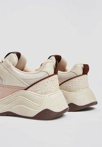 PULL&BEAR - Sneakersy niskie - multi-coloured - 3