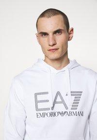 EA7 Emporio Armani - Collegepaita - white - 3