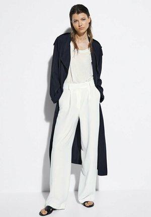 Pantalon classique - white