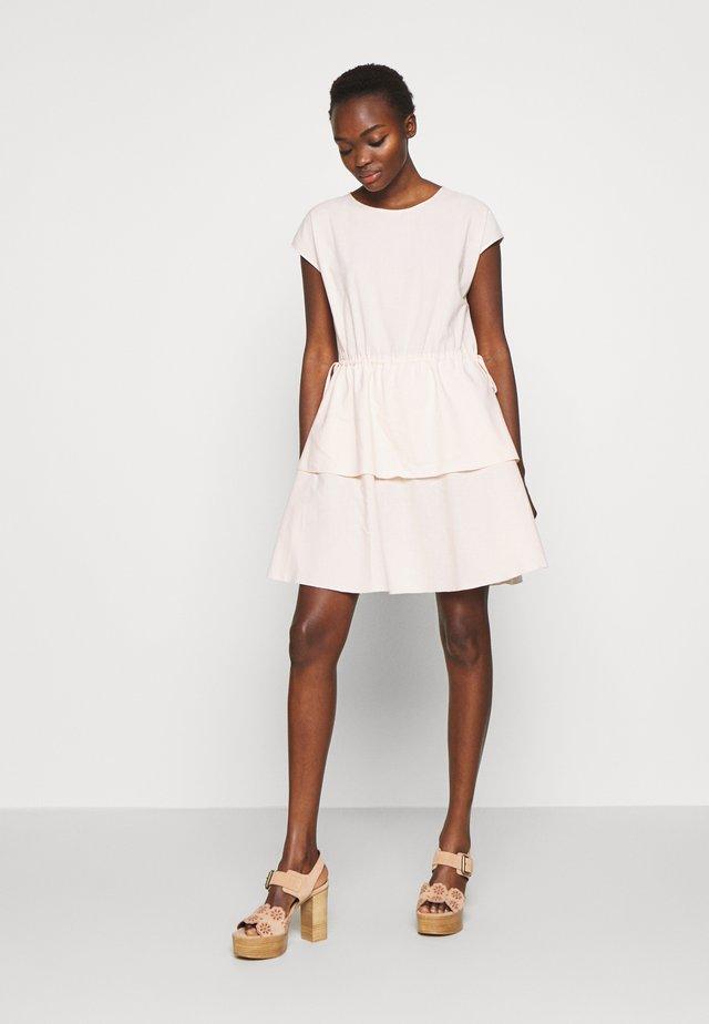 Denní šaty - pink sand