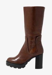 MJUS - Stivali con i tacchi - brandy - 1