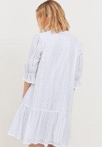 b.young - MIT LOCHSTICKEREI - Day dress - optical white - 2