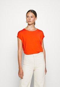 Vero Moda - VMAVA PLAIN  - Basic T-shirt - red clay - 0