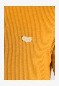 Gianni Kavanagh - T-shirt basique - gold - 3