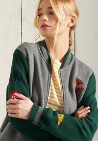 Superdry - Zip-up sweatshirt - enamel green - 2