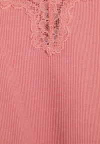 Hunkemöller - x NA-KD CAMI MIA - Pyjama top - dusty pink - 5