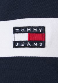 Tommy Jeans Curve - STRIPED RUGBY - Polo shirt - twilight navy - 6