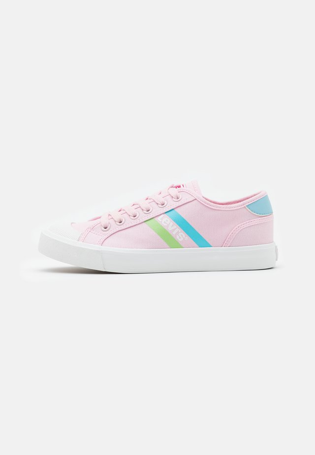 MISSION UNISEX - Trainers - light pink/light blue