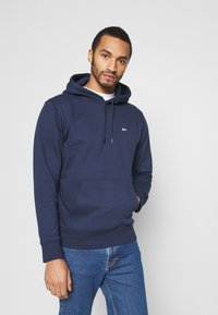 Tommy Jeans - REGULAR FLEECE HOODIE - Felpa con cappuccio - twilight navy - 0
