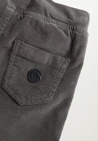 Mango - MORITZ - Trousers - šedá - 3