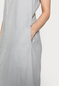 Marc O'Polo - DRESS RELAXED TANK STYLE V-NECK SLITS - Maxi dress - spring water - 3
