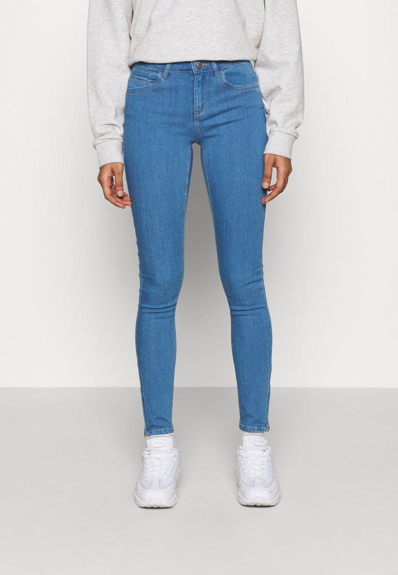ONLY - ONLKENDELL LIFE  - Jeans Skinny Fit - light blue denim