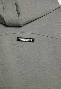 Smilodox - CROPPED SPORTS SUIT SET - Survêtement - grey - 5