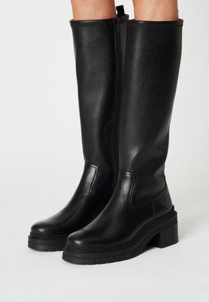 JUKA - Platform boots - black