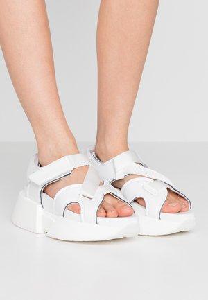 Platform sandals - bright white