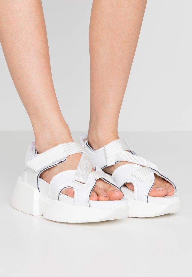 Platåsandaler - bright white