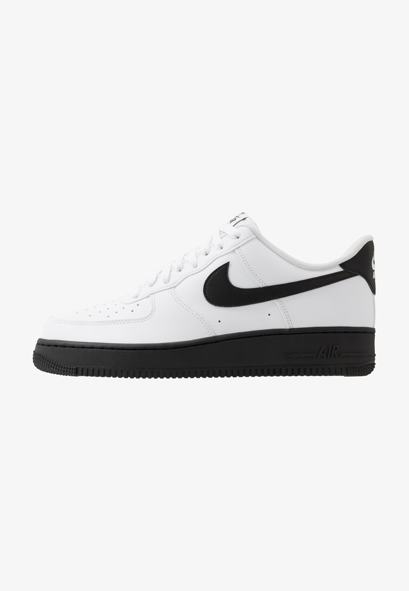 Nike Sportswear - AIR FORCE 1 '07 BRICK - Baskets basses - white/black