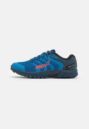 PARKCLAW 260 - Běžecké boty do terénu - blue/red