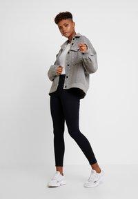 Miss Selfridge - LIZZIE - Jeans Skinny Fit - black - 1