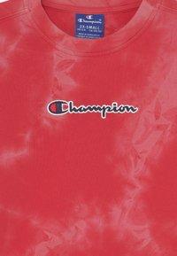 Champion Rochester - COLOR SPLASH CREWNECK UNISEX - Sudadera - red - 2