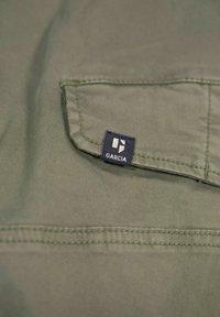 Garcia - Cargo trousers - deep army - 4