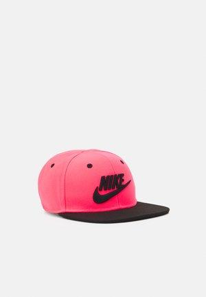 TRUE LIMITLESS UNISEX - Cap - racer pink